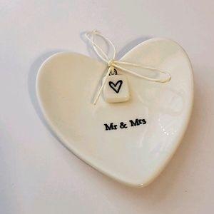"""Mr & Mrs"" Heart Shaped Ring Dish"